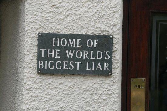 嘘つきは泥棒の始まり 英語