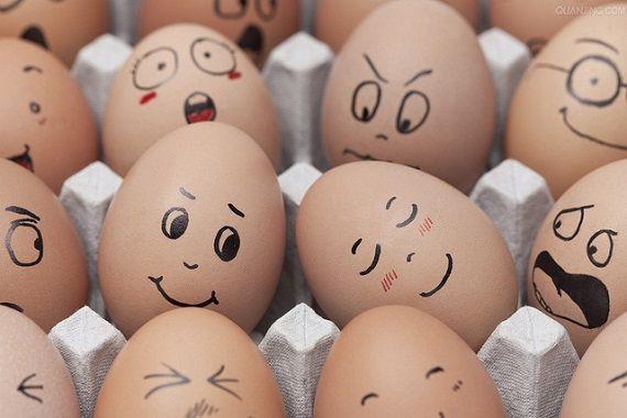 英語のことわざ【いくつかの卵を割らねばオムレツは作れない】