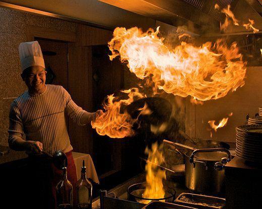 熱さに耐えられないなら台所を出ろ 英語